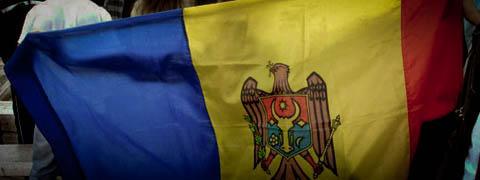 image-2011-03-27-8445545-41-steagul-republicii-moldova